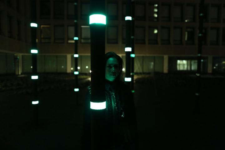 Красивая арт-инсталляция «Boo» от Daan Roosegarde
