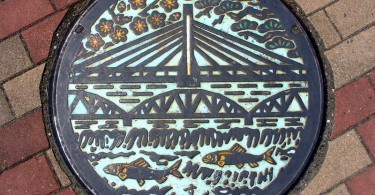 art_japanese_manhole_covers-03