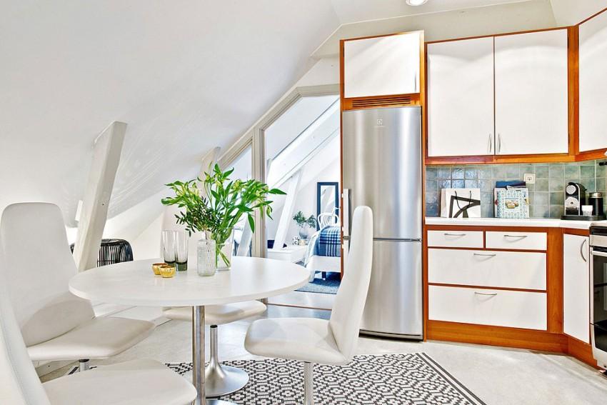 Кухня и обеденный стол