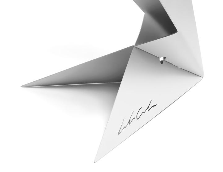 Лампа от дизайнера Leonardo Criolani