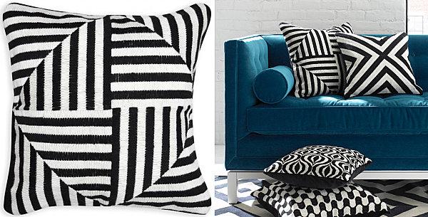 Декоративные подушки в чёрно-белую полоску