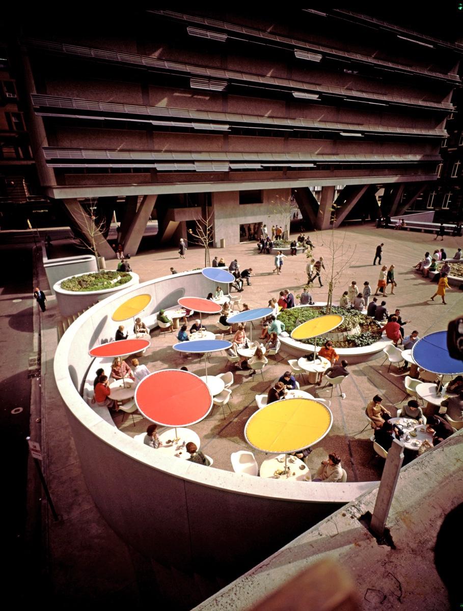 Центральная площадь и ресторан Australia Square по проекту дизайнера Гарри Сайдлера