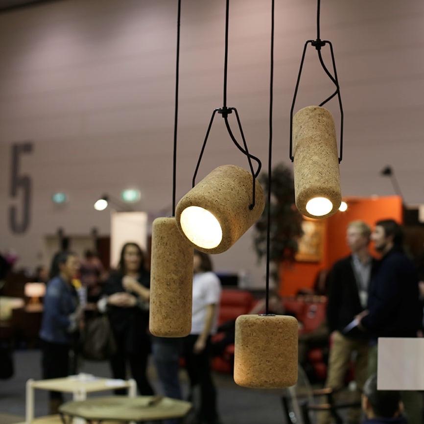 Светильники Corker вытянутой формы из пробки от австралийского дизайнера Max Harper