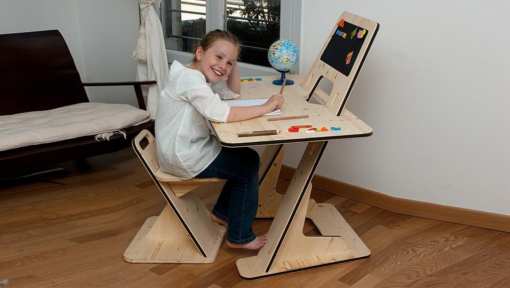 Столы своими руками столик
