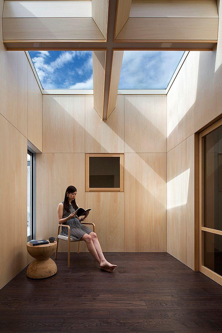 Минималистичное решение интерьера террасы в азиатском стиле