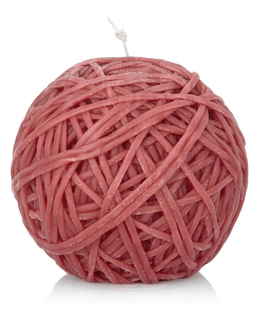Original wax candle in the form of a ball of twine: an elegant solution from creative designers