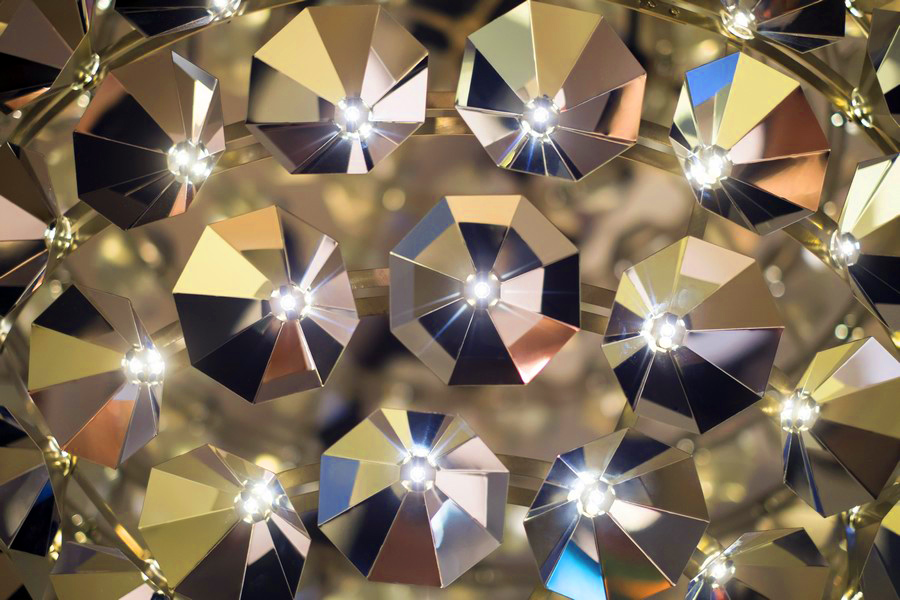 Оформление подвесного светильника от Daniel Becker