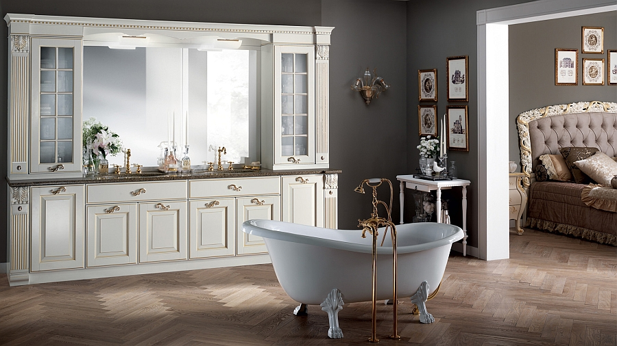 Итальянский мебельный гарнитур для ванной в молочном цвете