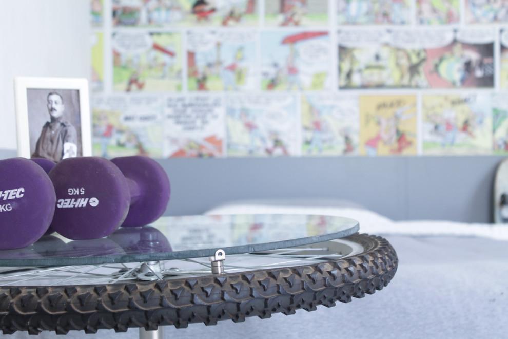 Стол в виде велосипедного колеса от Esther Hershcovich