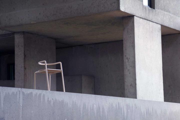 Чудесный деревянный стул The Funambule от Loïc Bard & Nicolas Granger