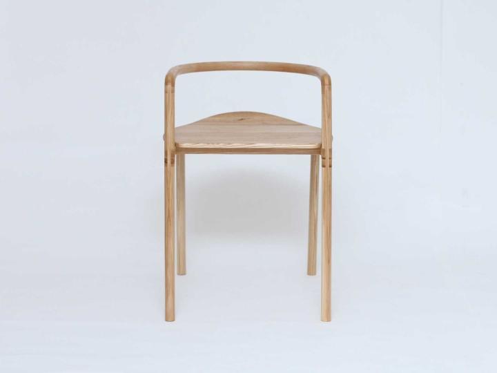 Уникальный деревянный стул The Funambule от Loïc Bard & Nicolas Granger