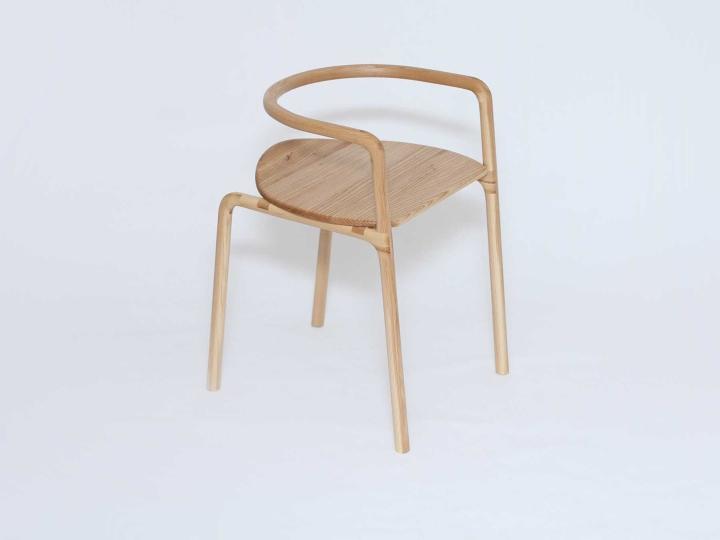 Превосходный деревянный стул The Funambule от Loïc Bard & Nicolas Granger