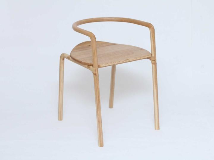 Деревянный стул The Funambule от Loïc Bard & Nicolas Granger