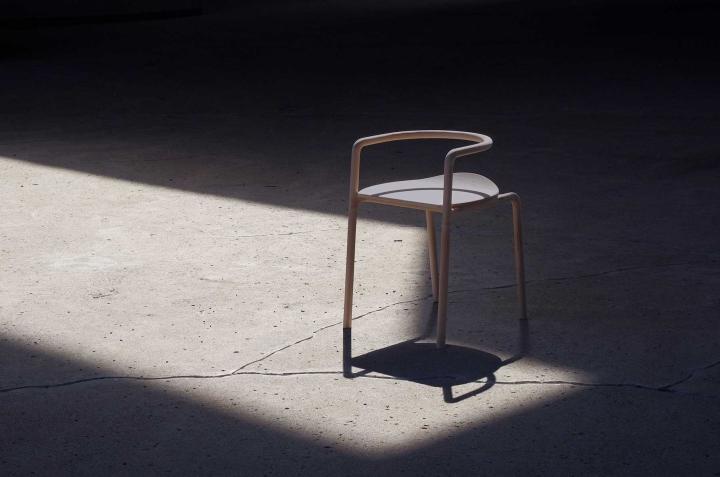 Изысканный деревянный стул The Funambule от Loïc Bard & Nicolas Granger