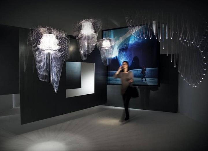 Красивые подвесные светильники Transparent от Zaha Hadid