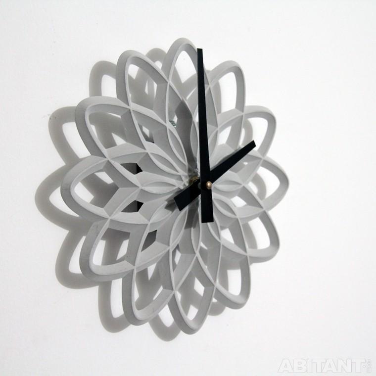 Чудесные часы из бетона для интерьера