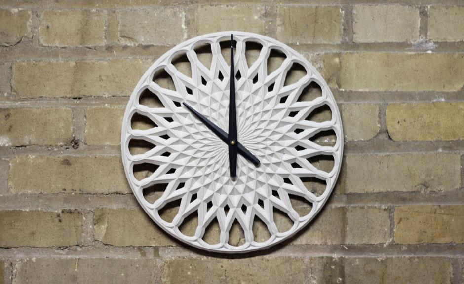 Прекрасные часы из бетона для интерьера