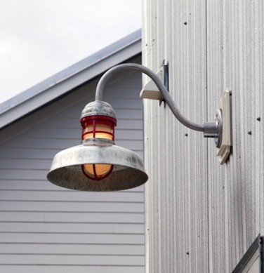 Винтажный настенный фонарь