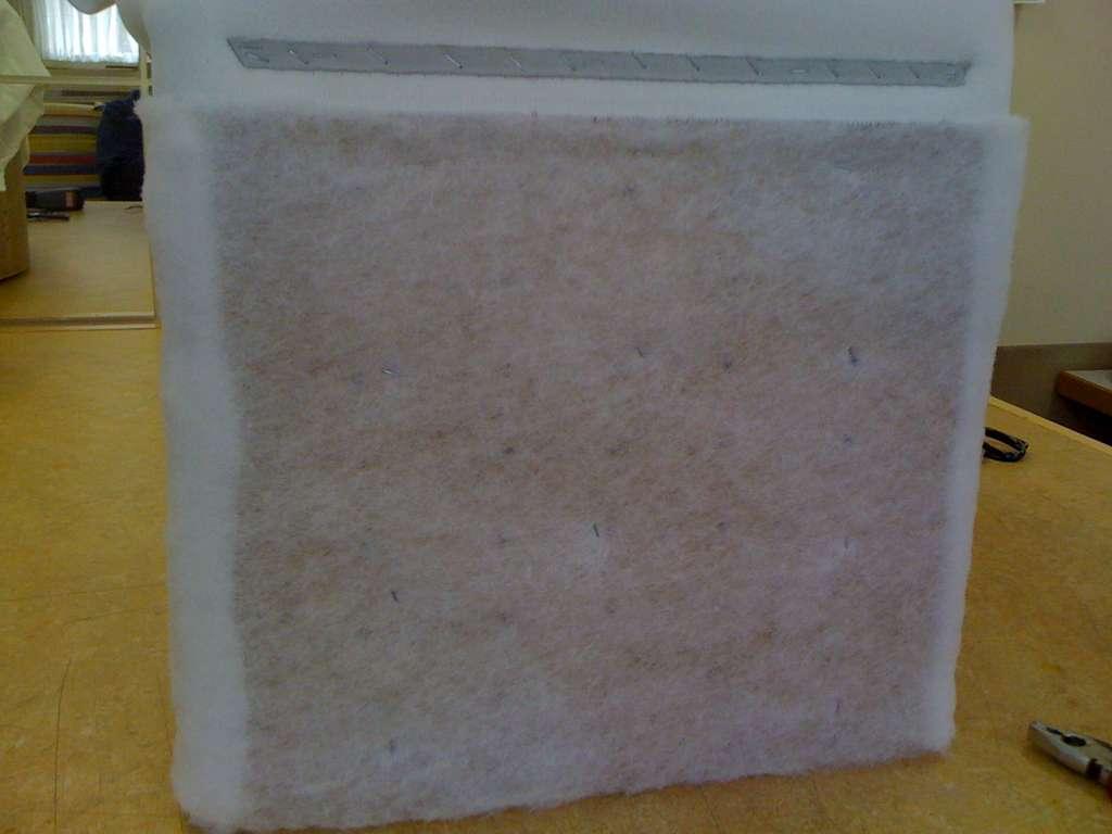 Белый поролон для боковой части пуфика