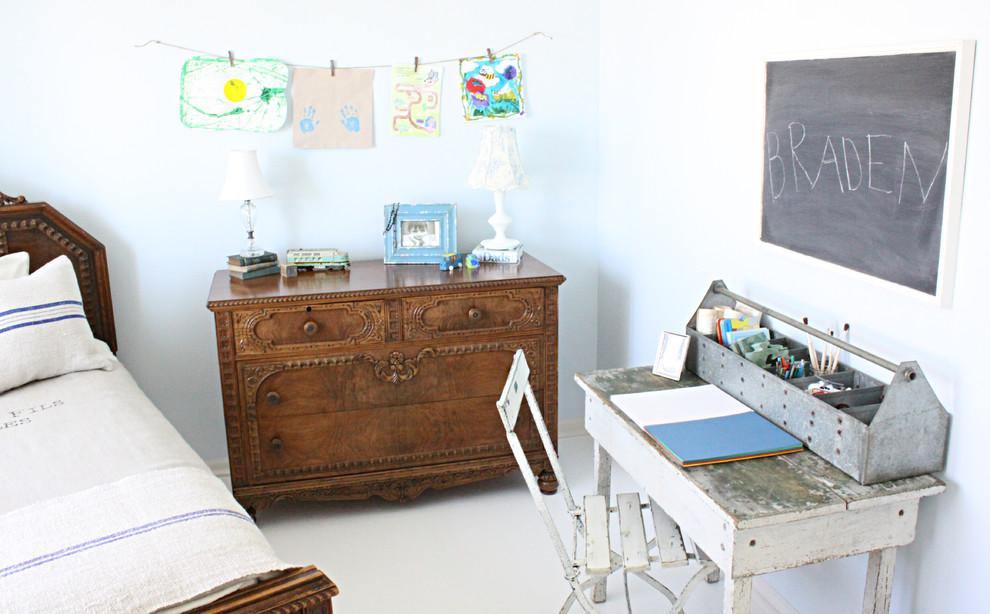 Винтажный школьный стол и стул