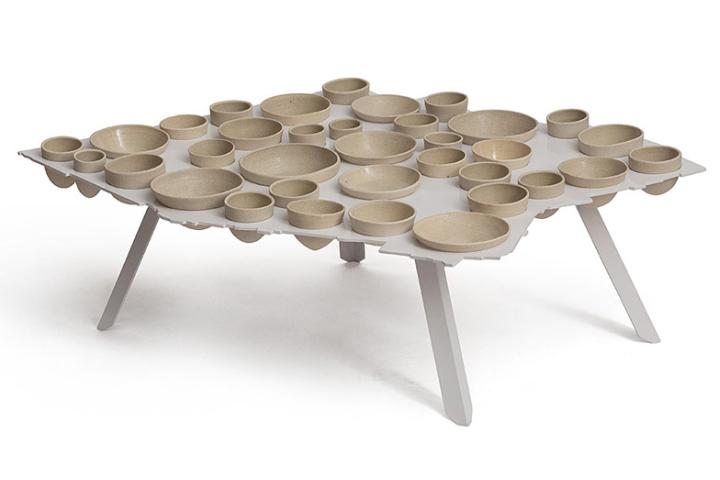 Необычный стол от Эзри Тарази