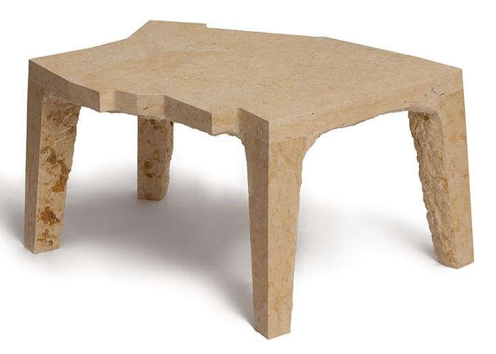 Фигурный стол от Эзри Тарази