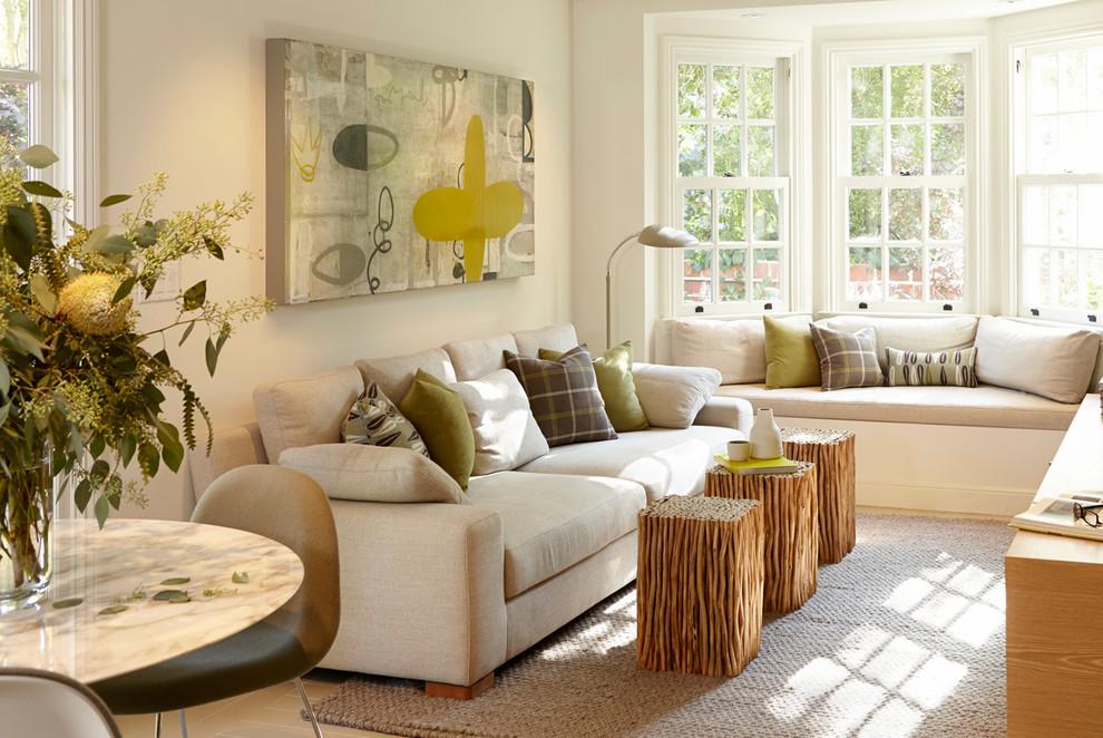 Удобная мебель в интерьере гостиной