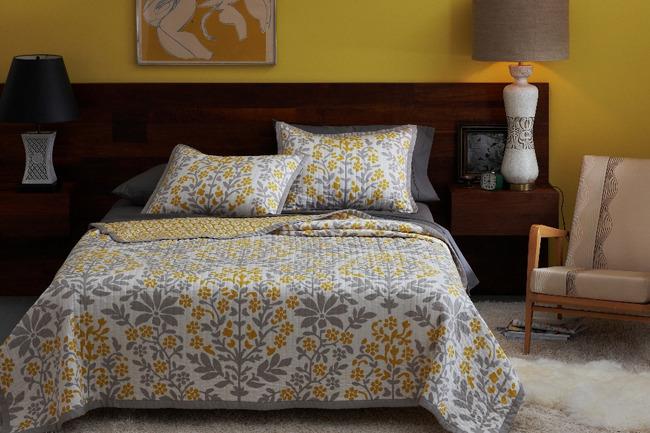 Листочки на постельном белье от Christiane Lemieux