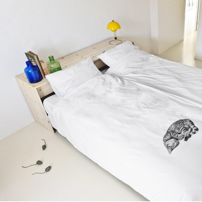 Белое постельное белье с кошкой от SNURK
