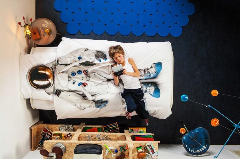 Изображение космонавта на постельном белье от SNURK