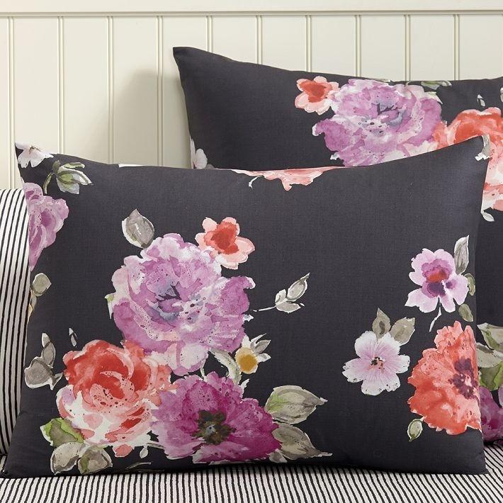 Цветочки на подушке