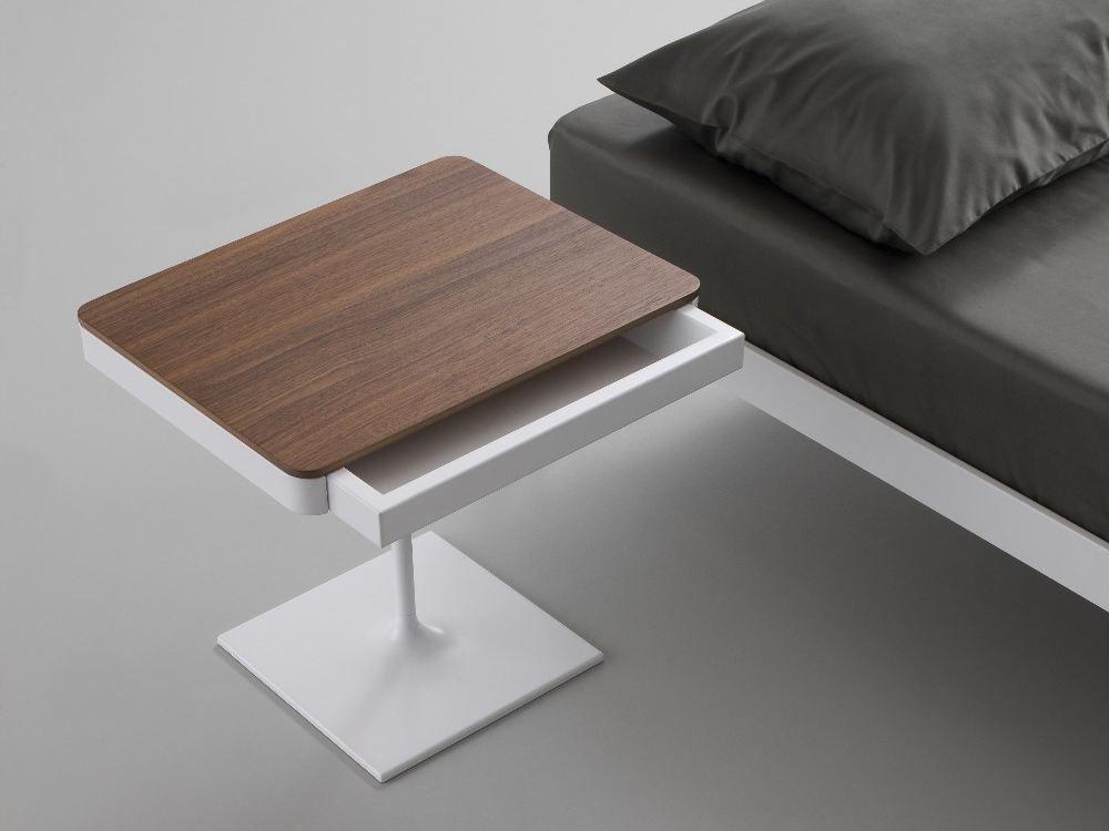 Восхитительная тумбочка для хранения мелочей у кровати