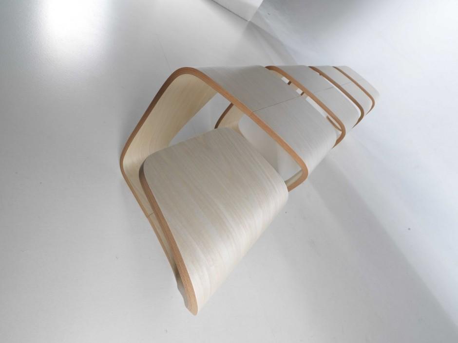 Край скамейки True Design аккуратно извилистый