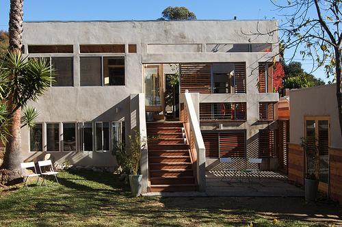 Лицевой фасад частной резиденции