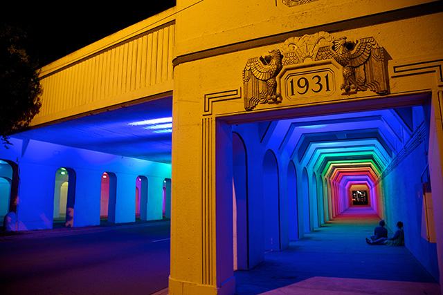 Креативный световой портал от Bill FitzGibbons