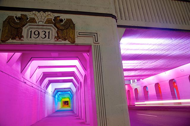 Умопомрачительный световой портал от Bill FitzGibbons