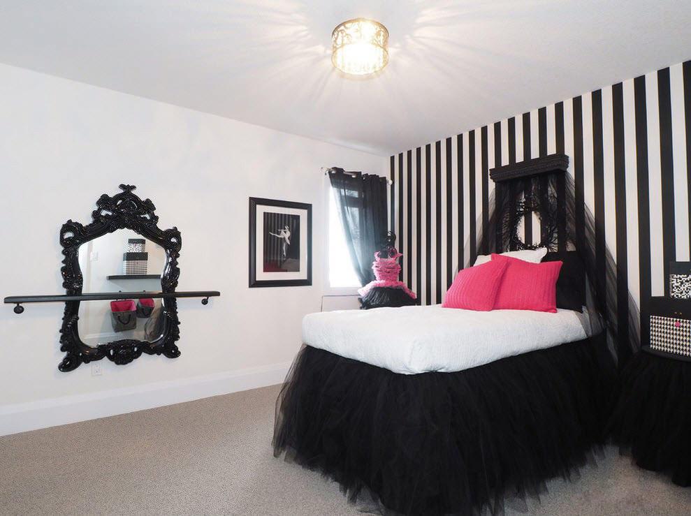 Черно-белое оформление спальни для девочки