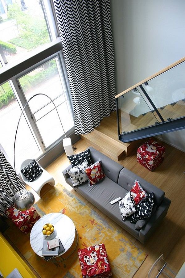 Original variations on the theme of black and white in textiles - choose curtains and curtains