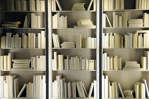 Бесподобные книжные полки в интерьере