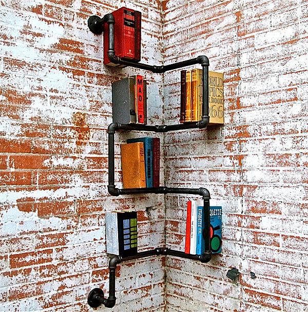 Книжные полки из старых ящиков