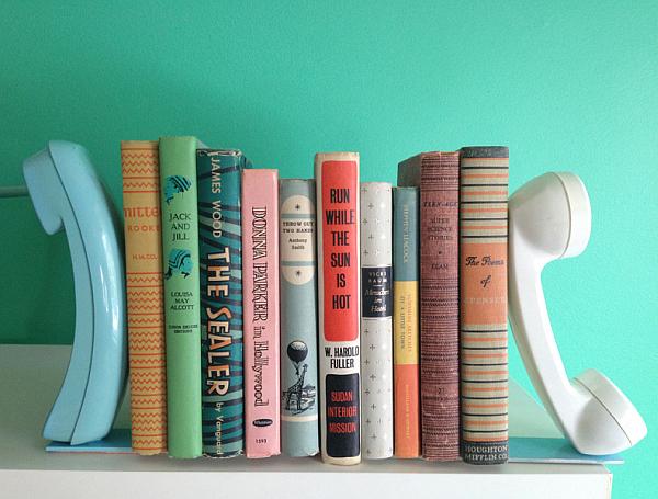 Подставка для книг телефон
