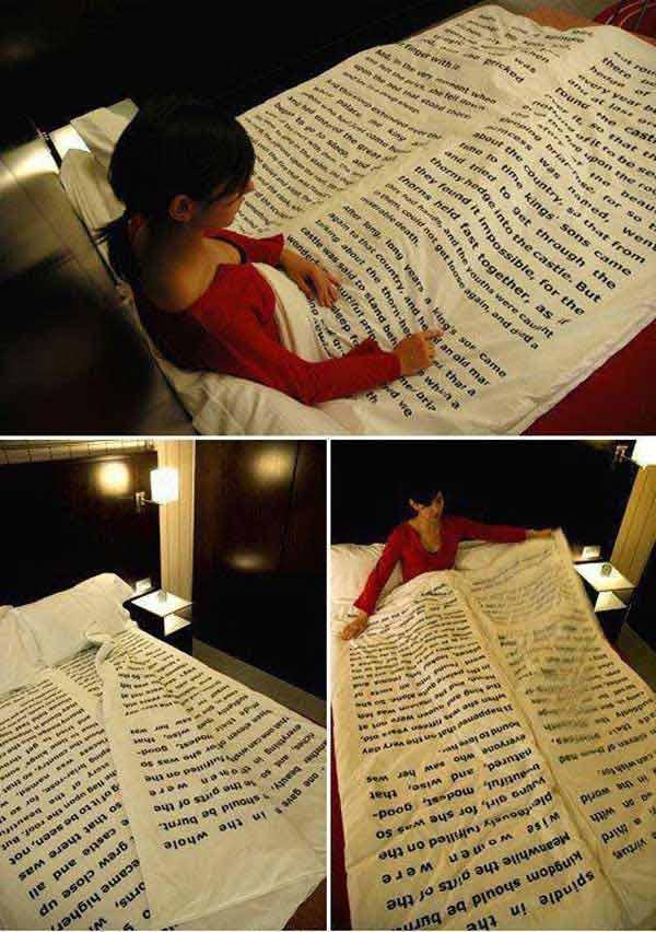 Постельное белье в виде книжной страницы