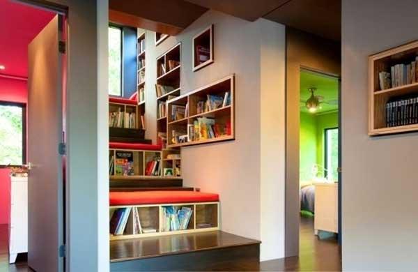 Уголок для хранения книг