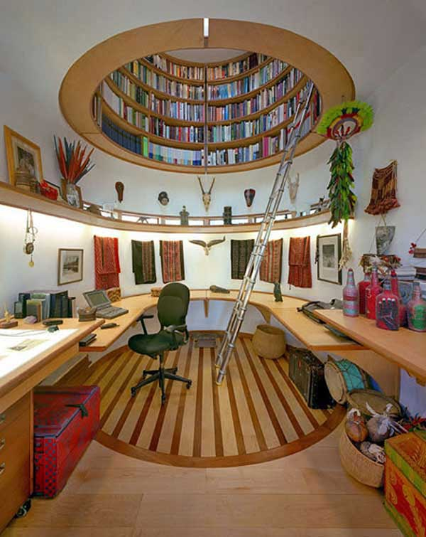 Оформление потолка книгами