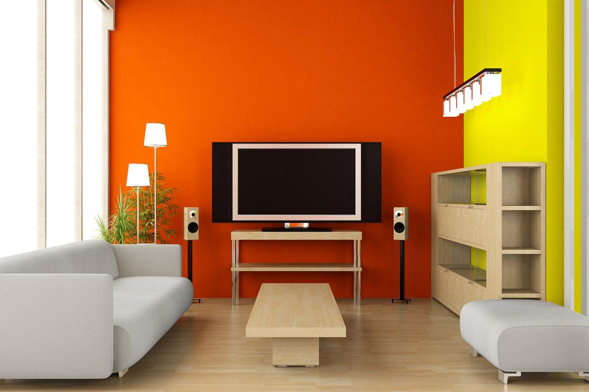 Оранжевая стена за плазмой