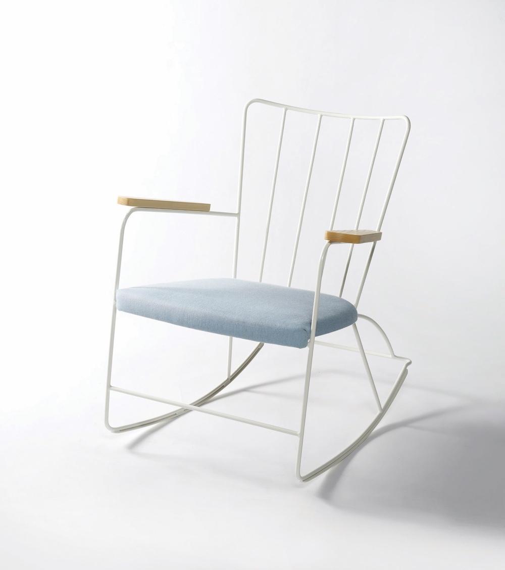 Британский стиль в дизайне - синий стульчик