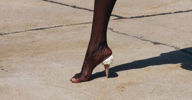 Юмористические фотографии от Брока Дэвиса: позитив обыденных вещей