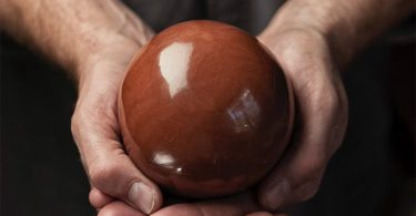 Хикару дороданго от Брюса Гарднера: идеальные шары из земли под ногами