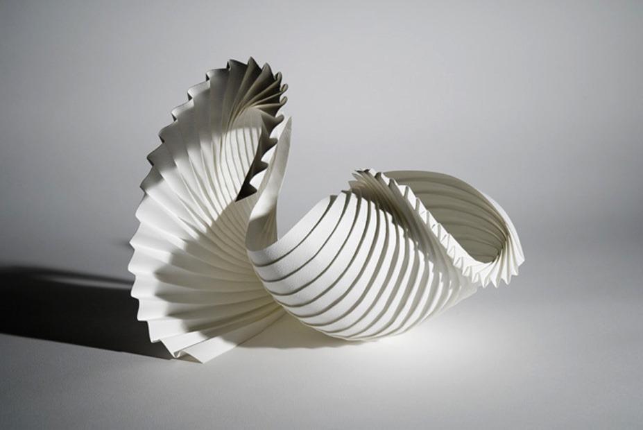 Объёмные бумажные скульптуры Ричарда Суини: Грация