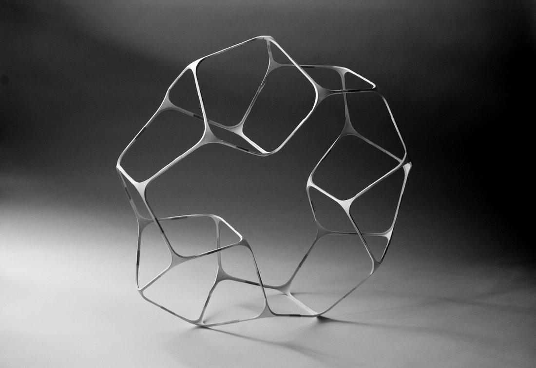 Объёмные скульптуры Ричарда Суини: каркас из проволоки